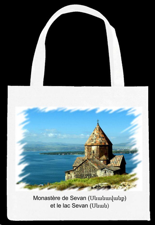 Sac Monastère et lac Sevan