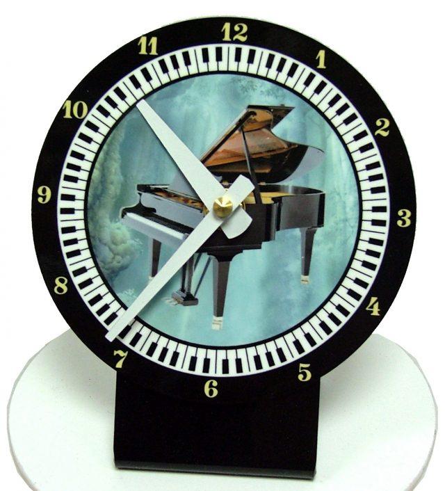 Horloge bureau Piano 1